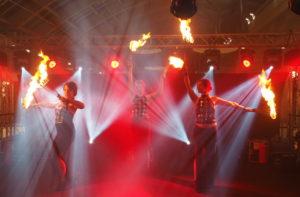 Feuershow in Innenräumen